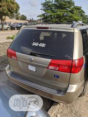 Toyota Sienna 2004 LE AWD (3.3L V6 5A) Gold | Cars for sale in Lagos State, Amuwo-Odofin