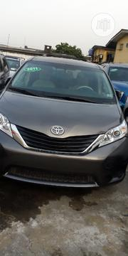 Toyota Sienna LE 7 Passenger Mobility 2011 Gray | Cars for sale in Lagos State, Maryland