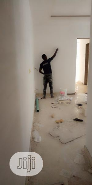 Screeding And Painting