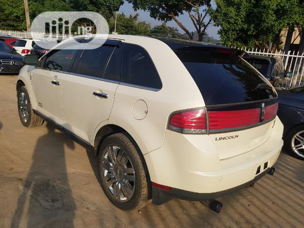 Archive: Lincoln MKX 2008 4WD White