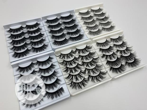 Archive: 5 In 1 Eye Lashes Pallect.