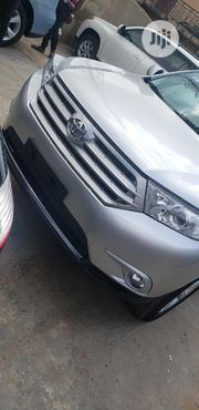 Toyota Highlander 2013 SE 3.5L 4WD Silver | Cars for sale in Oyo State, Ibadan South West