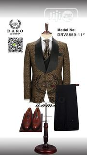 Daro Luxury Floral Print Tuxedo   Clothing for sale in Lagos State, Surulere