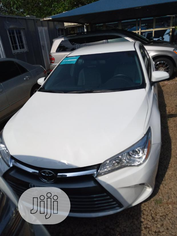 Archive: Toyota Camry 2015 White