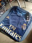 Real Madrid 2019/20 Away Jersey | Clothing for sale in Victoria Island, Lagos State, Nigeria