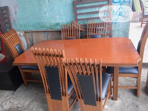 High Quality and Durable Dinning Table With 6 Chairs