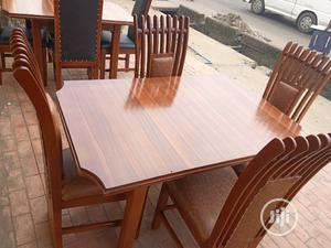 Quality and Beautiful Dinning Table With 4 Chairs