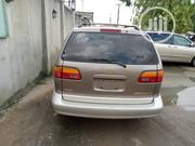 Toyota Sienna 2000 Gold | Cars for sale in Lagos State, Isolo
