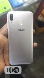 Asus ZenFone Max Plus (M1) 32 GB Gold | Mobile Phones for sale in Lagos State, Apapa
