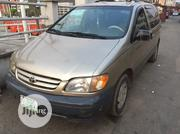 Toyota Sienna 2000 Gold | Cars for sale in Lagos State, Yaba