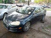 Volkswagen Jetta 2006 2.5 Blue | Cars for sale in Lagos State, Isolo