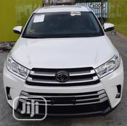 Toyota Highlander 2017 XLE 4x4 V6 (3.5L 6cyl 8A) White | Cars for sale in Lagos State, Lekki Phase 2