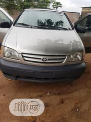 Toyota Sienna 2001 Silver | Cars for sale in Lagos State, Ikotun/Igando