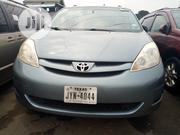 Toyota Sienna 2006 Gray   Cars for sale in Lagos State, Apapa