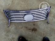Front Grill Lexus Es350 Conversion | Vehicle Parts & Accessories for sale in Lagos State, Mushin