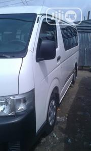Clean Toyota Hiace Hummer Bus 2012 Model White | Buses & Microbuses for sale in Rivers State, Port-Harcourt