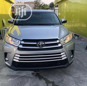 Toyota Highlander 2017 XLE 4x2 V6 (3.5L 6cyl 8A) Silver | Cars for sale in Lagos State, Lekki Phase 1