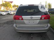 Toyota Sienna 2006 Silver | Cars for sale in Lagos State, Surulere