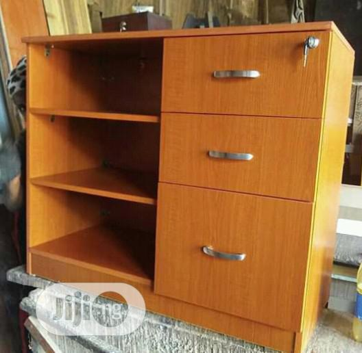 Baby Cloth Cabinet With Drawers