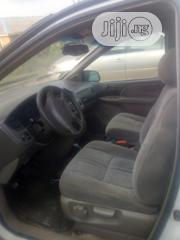 Toyota Sienna 2001 White | Cars for sale in Lagos State, Agege