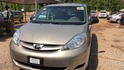 Toyota Sienna 2006 Gold | Cars for sale in Abuja (FCT) State, Central Business District