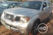 Nissan Pathfinder 2006 SE 4x4 Silver | Cars for sale in Abuja (FCT) State, Central Business District