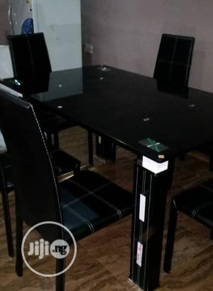 A Plain Turkey 6-Seater Glass Dining Table