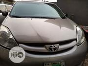Toyota Sienna 2010 LE 8 Passenger Silver | Cars for sale in Lagos State, Victoria Island