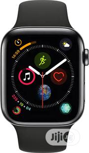 Apple Watch Series 4 (44mm, GPS)Space Gray Aluminium+Black Sport Band. | Smart Watches & Trackers for sale in Enugu State, Enugu East