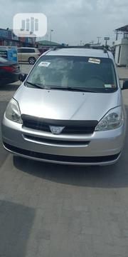 Toyota Sienna 2004 LE AWD (3.3L V6 5A) Silver | Cars for sale in Lagos State, Ikoyi