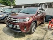 Toyota Highlander 2017 XLE 4x4 V6 (3.5L 6cyl 8A) Red | Cars for sale in Lagos State, Surulere
