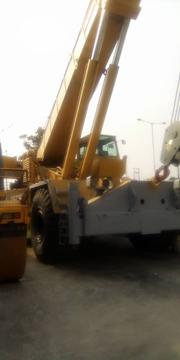 75 Tone Crane With Others Heavy-duty Machine Good Engine And Gear | Heavy Equipments for sale in Lagos State, Amuwo-Odofin