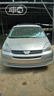 Toyota Sienna 2004 LE FWD (3.3L V6 5A) Silver | Cars for sale in Lagos State, Surulere