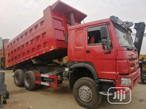 Chinese Used New Arrival 375 Howo 6 X 4 Dump Trucks 2014 Red 4sale