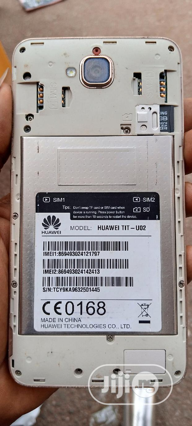 Archive: Huawei Y6 Pro 16 GB Gold
