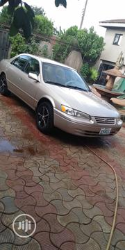 Toyota Camry 2000 Gold | Cars for sale in Edo State, Egor