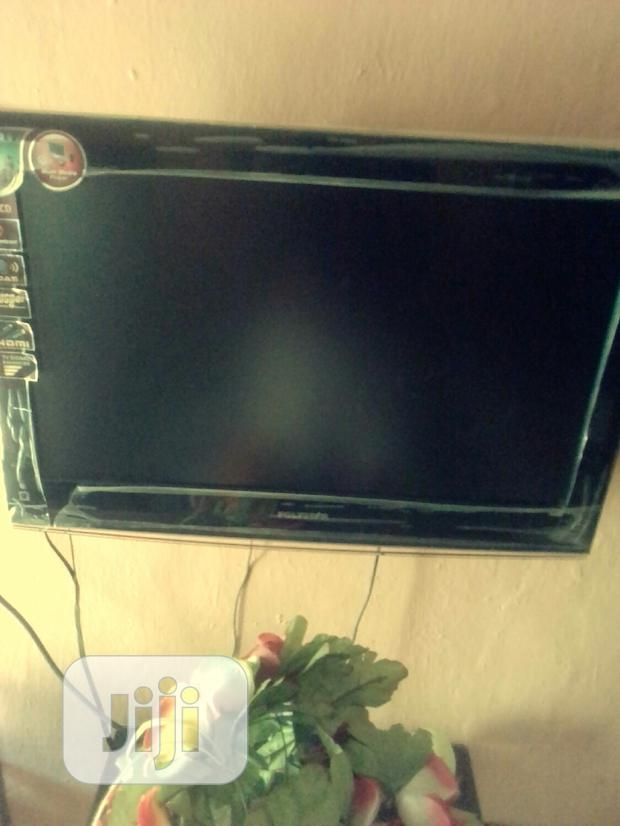 Archive: Polystar LCD 24inches