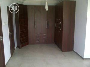 Well Fixed Wardrobes