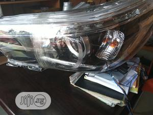 Set Head Lamp Toyota Hilux With LED Light 2017