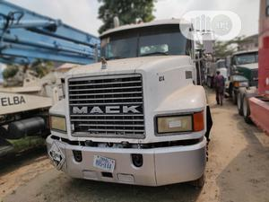 CH Mack Tractor