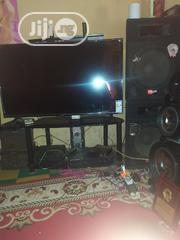 """55"""" Super Clean Syinix Smart TV 