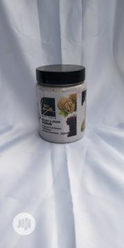 Big Glow Face And Body Scrub (Walnut And Grape ) | Bath & Body for sale in Lagos State, Surulere
