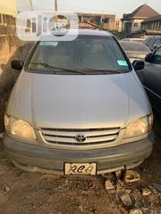 Toyota Sienna 2002 Gold | Cars for sale in Oyo State, Ibadan