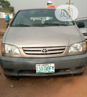 Toyota Sienna 2001 Gold | Cars for sale in Oyo State, Ibadan