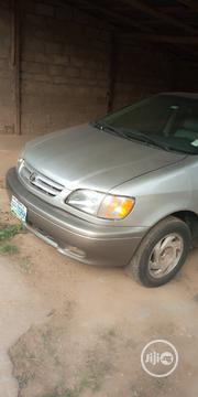 Toyota Sienna 2001 Silver | Cars for sale in Oyo State, Ibadan