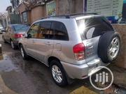 Toyota RAV4 2.0 4x4 2004 Silver | Cars for sale in Lagos State, Mushin