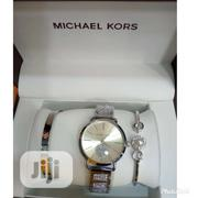 Michael Kors Fashion Watch With Bracelet | Jewelry for sale in Lagos State, Surulere