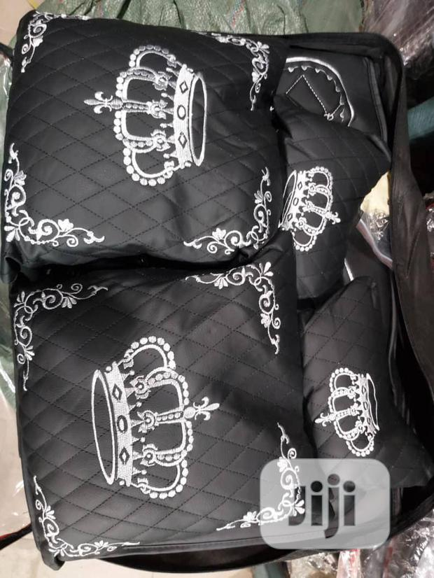 Archive: Royal Seat Cover