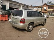 Toyota Highlander 2005 V6 4x4 Silver | Cars for sale in Lagos State, Ikoyi