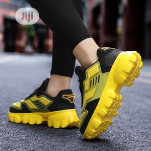2020 Latest Catwalk Shoes, Tank Shoes, Couples -yellow&Black